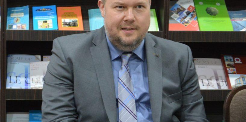 DR. DANIEL HAENDEL M.A., RUHR UNIVERSITÄT BOCHUM