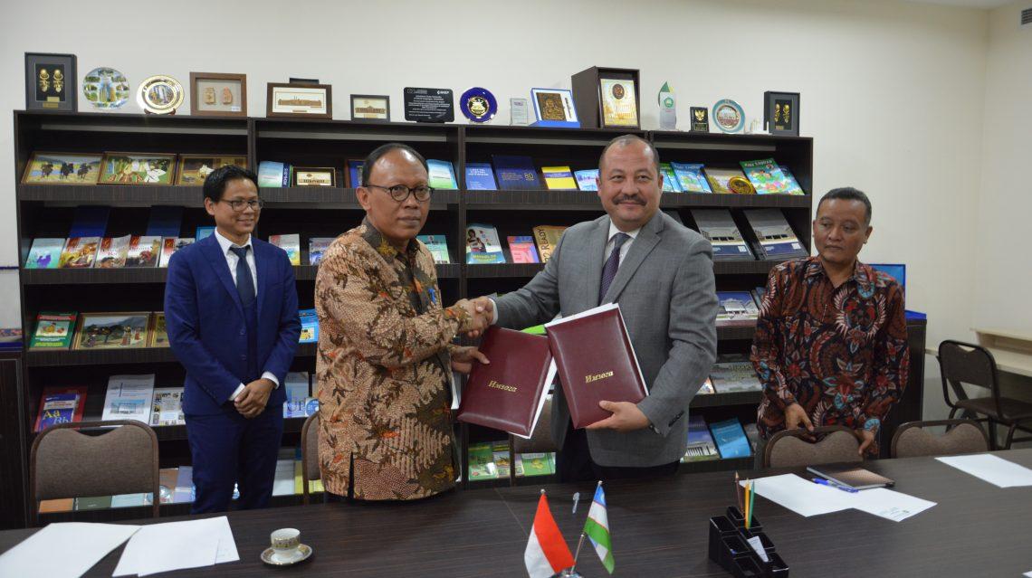 INDONEZIYANING ISLOM MALANG UNIVERSITETI VAKILLARI O'zDJTUDA