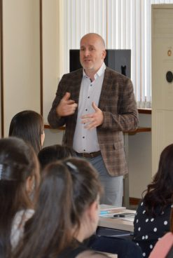GRANT LEACH MADE A PRESENTATION ON MASTER'S AND DOCTORAL PROGRAMS OF THE UNIVERSITY OF WATERLOO, CANADA